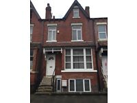 Very Large Double Room in Shared House. At £102.00 per Wk. ALL Bills Included .POTTERNEWTON LS7