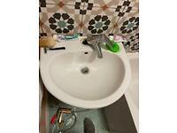 Handyman|Tv mounting,mirrors,blinds,curtains rails/poles|flat-packs assemble|etc repairs|plumbing