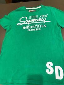 Superdry T shirt