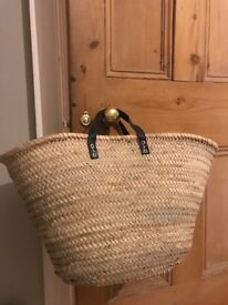 Baskets with navy leather handles ...great for shopping, beach or storage!