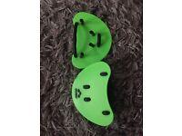 Arena finger paddles