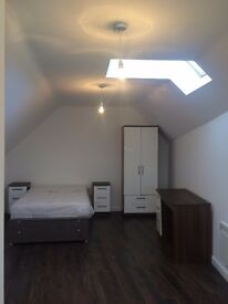 Furnihsed studio apartment available now! Old Swan Liverpool 13