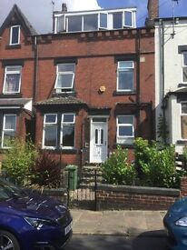 3 bedroomed unfurnished house to let in Beeston Leeds. LS11. Close to Leeds City Centre