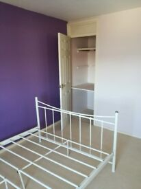 Nice room to rent in warm lovely 3 bedroom house in good area near sea cost in north east area