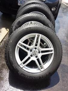 BRAND NEW TOYOTA HIGHLANDER MICHELIN HIGH PERFORMANCE WINTER TIRES 235 / 65 / 18 ON RSSW ALLOY RIMS