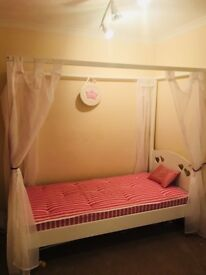 Girls wooden single 4 poster bed & Aspace Mattress