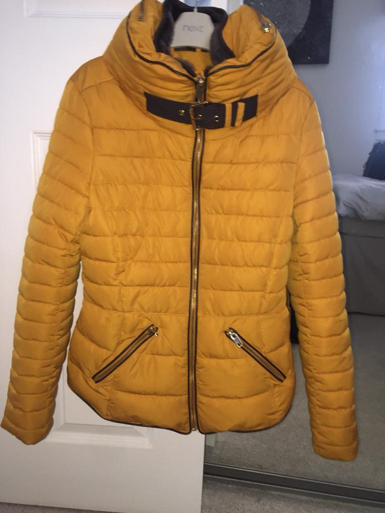 096cc081 Girls Zara mustard puffer jacket   in Falkirk   Gumtree