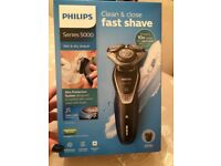Philips series 5000 wet &dry shaver