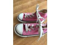 Child converse size 9 trainers