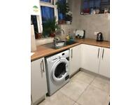 Bed to rent in room share in Bayswater zone 1