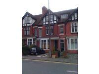 1 bed studio flat £420 PCM roath park. Near all amenities