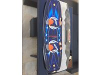 Wake board 138 cm CWB spider with vector bindings