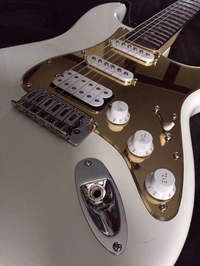 Fender Squier - Custom
