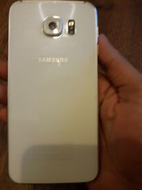 Samsung Galaxy S6 - White - Good Condition - With Plug and cable