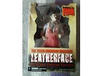 Leatherface deluxe figure