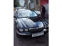 JAGUAR X-TYPE 2.5 SE [AWD] IN STUNNING BLACK WITH CREAM LEATHER AND SERVICE HISTORY