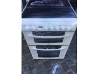 INDESIT FREE STANDING 60cm ELECTRIC COOKER, EXCELLENT CONDITION COMES WITH FOUR MONTHS WARRANTY