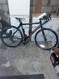 Adult carrera virtuoso mens bike brand new aluminium frame great value been road on once £200 ono