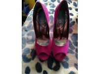 Schuh pink platform heels