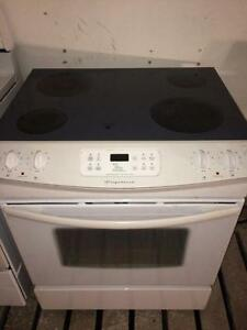 Frigidaire White Slide In Range/Stove, Free Warranty, Delivery Available