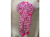 Minnie Mouse onsie cotton. 4-5