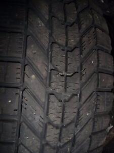 4 pneus d'hiver 185/65/14 Firestone WinterForce