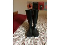 Black Wellie Boots (UK Size 5)