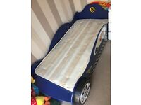 Bed racing car excellent condition