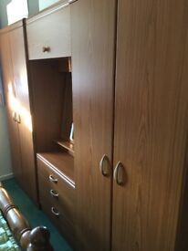Wooden Bedroom Wardrobes Set