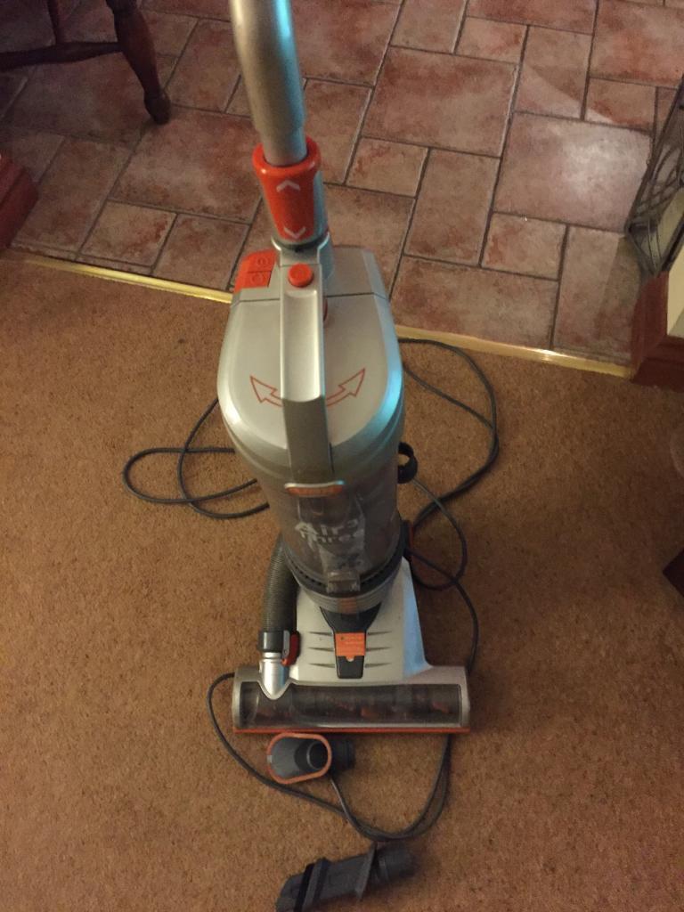 Vax Air Upright Vacuum Cleaner U88 AM B
