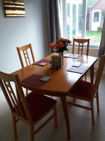 BEECH DINING TABLE (EXTENDING) & 4 CHAIRS