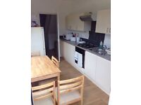J NICE LOFT IN KILBURN HIGH ROAD IN A NEW HOUSE, 5 MIN WALKING FROM THE STATION