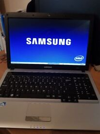 SAMSUNG CHEAP QUICK LAPTOP GOOD CONDITION REFURB. WIN10 DUAL CORE2.1 4 GIG ME 320GIG HDD HDMI OFFICE