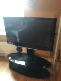 Panasonic 42in HDMI 1080p TV and stand