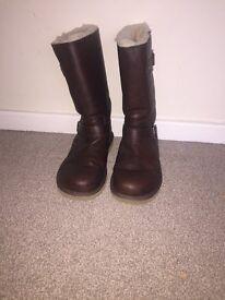 Genuine Ugg/Uggs Kensington leather biker boots in toast size 5 (38)