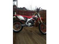 Honda crf450 road registered.. not yzf kxf rmz