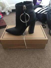 Missguided boots size 3