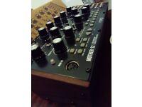 Moog mother 32 analog synthesizer on sale