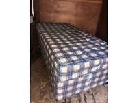 Single divan with mattress (can deliver)