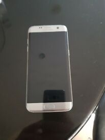 Samsung galaxy S7 edge in silver
