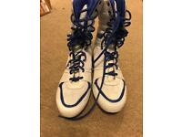 Lonsdale boxing boots size11