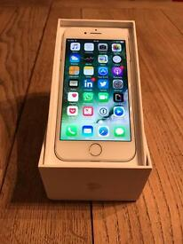 iPhone 7 128GB Silver (Locked to EE) - PERFECT CONDITION