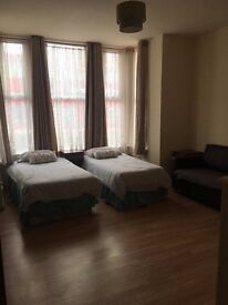Amazing Twin Studio ONLY £921pcm available NOW! 5 min to Cricklewood!