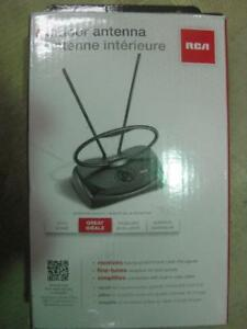 RCA Fine Tuning UHF / VHF / FM Indoor HD TV Antenna. Rotates for Digital Channel. Free Local Channels. Best Picture