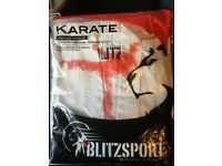 Blitz kids Karate suit 110cm white brand new