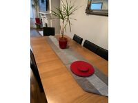 Argos extendable dining Table and 8 matching chairs