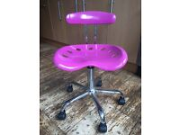 Pretty in pink desk chair - perfect for office or home