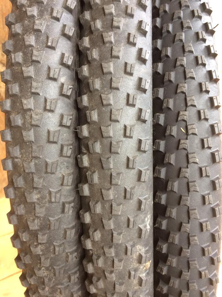 3 continental Xking 27.5 2.2 tyresin Madeley, ShropshireGumtree - 3 continental x King 27.5 2.2 tyres from mountain bike put new tyres on my bikeCollection or can deliver for price of fuelAs you can see two tyres are really good not done a lot at allNo splits