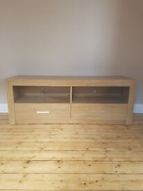 Wooden effect TV unit, marks to one drawer but perfect for an upcycle project.