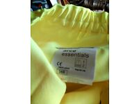 Hi vis jacket and trousers. Jackets x large and a large size the trousers are 36r see photos